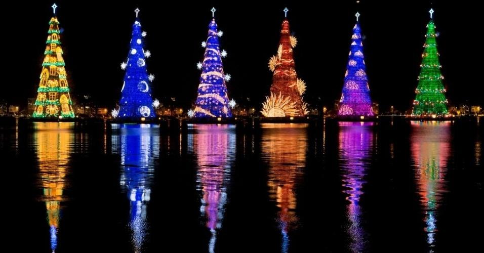 Cây thông Noel LED - lưu giữ những giá trị văn hoá cổ xưa, kết nối văn hoá hiện đại