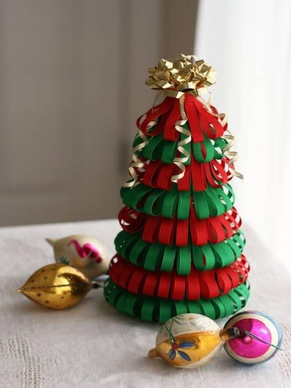 Làm cây thông Noel handmade từ ruy băng